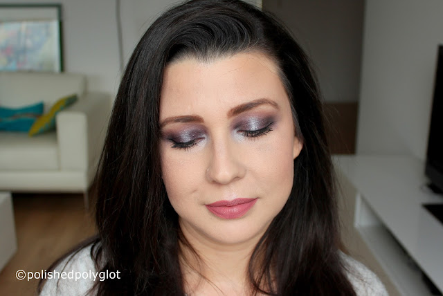 Sophisticated grey and mauve makeup look