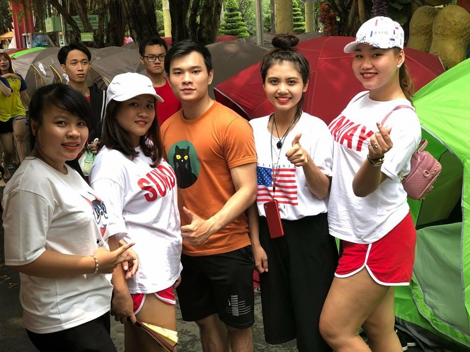 Sinh viên tham gia trong hội trại