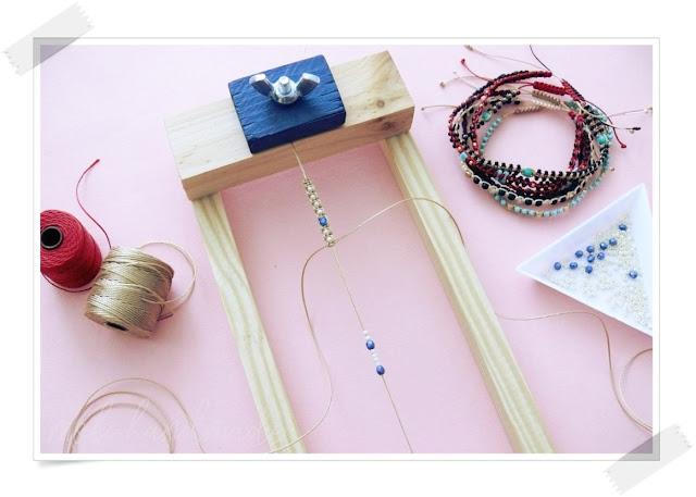 Jak wyplatać bransoletki na urządzeniu do makramy