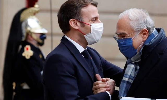 Manifestante detido após agredir presidente francês
