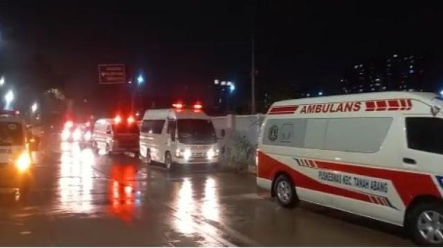 FAKTA Terbaru Ambulans Antre Masuk Wisma Atlet Kemayoran