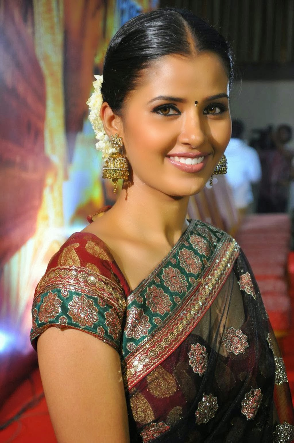 High Quality Bollywood Celebrity Pictures Tamil Actress -1196