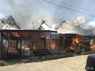 Rumah di karo Terbakar