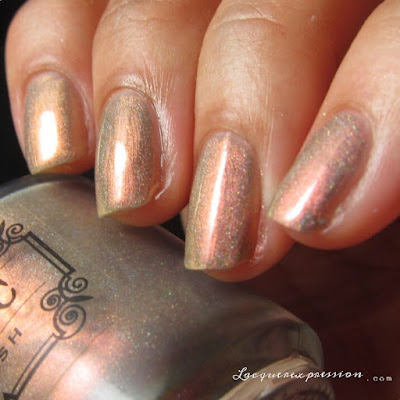 nail polish swatch or incandescent from the Holiday 2016 collection from Tonic Polish