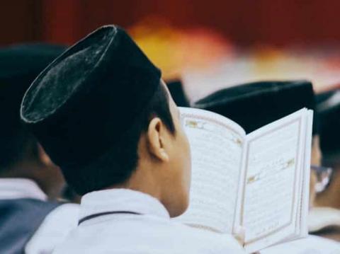 Perhatikan 7 Kesalahan Dalam Menghafal Al-Qur'an