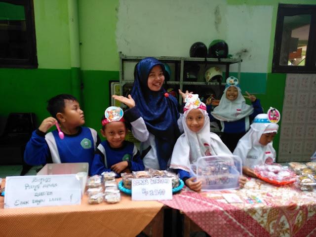 Kemeriahan Bussines Day School SD KYAI Ibrahim Surabaya