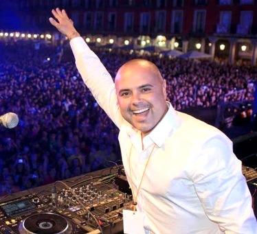 Foto de Juan Magan en el escenario