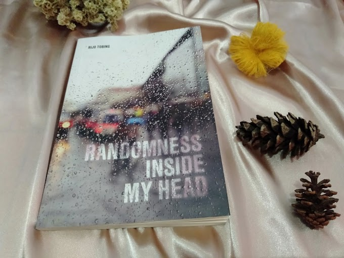 Review dan Giveaway Buku Randomness Inside My Head