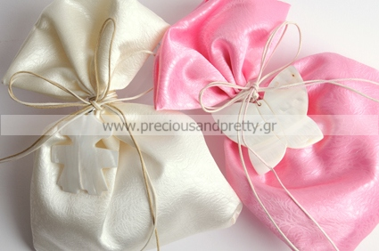 Christening favors for girl satin pouches with butterfly B6
