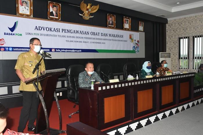 Pj.Sekda Novriwan Jaya S.P Memberi Sambutan Acara Advokasi di Ruang Bupati Setempat