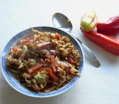 Stir-Fried Cabbage with Peppers & Shallots