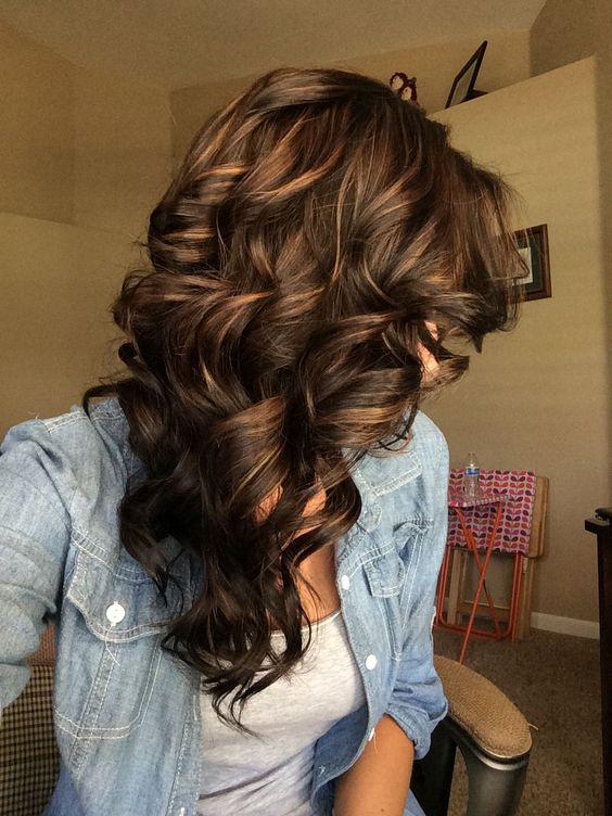 11 hottest brown with caramel highlights 01