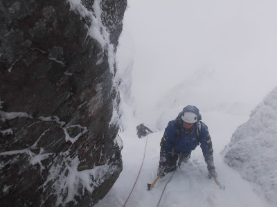 Comb gully, winter climbing