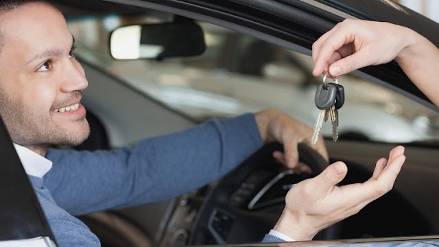 car rental service dubai