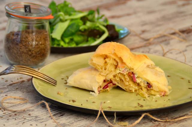 Strudel mit Sauerkraut
