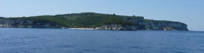 Costa este de la Isla de Antipaxos.