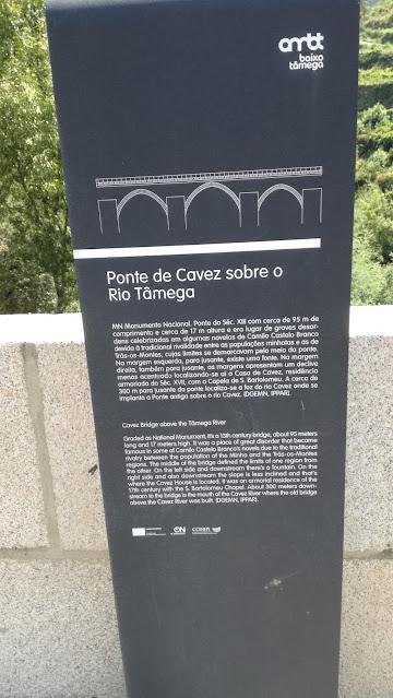 Placa da Ponte de Cavez sobre o Rio Tâmega