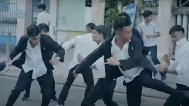 Phim 'giang hồ áo trắng' gây bức xúc trên mạng