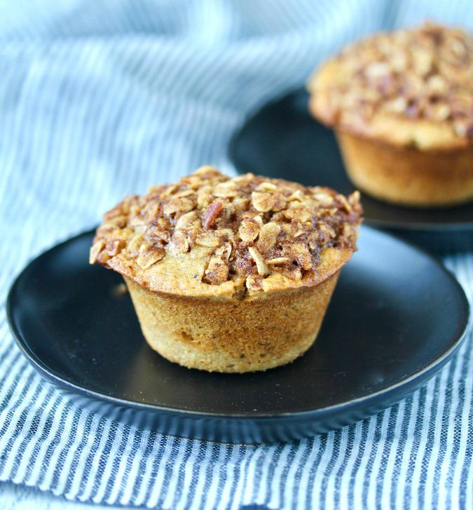 Oatmeal Muffins with topping