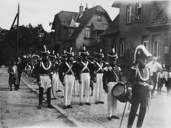 Die Bensheimer Bürgerwehr in Lindenfels 1931, Nachlass Joseph Stoll, Bild: Album Oald Bensem 0044, eingescannt Stoll-Berberich 2015