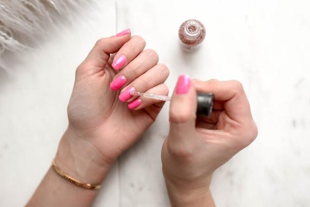 smalto per unghie