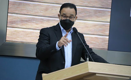 Anies Perpanjang PSBB Masa Transisi DKI Jakarta