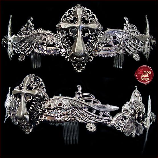 couronne gothique croix ailes de chauve souris argent gothic lolita vampire crown circlet gothic goth fashion dark style darkest queen