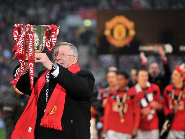2010-League-Cup-Alex-Ferguson
