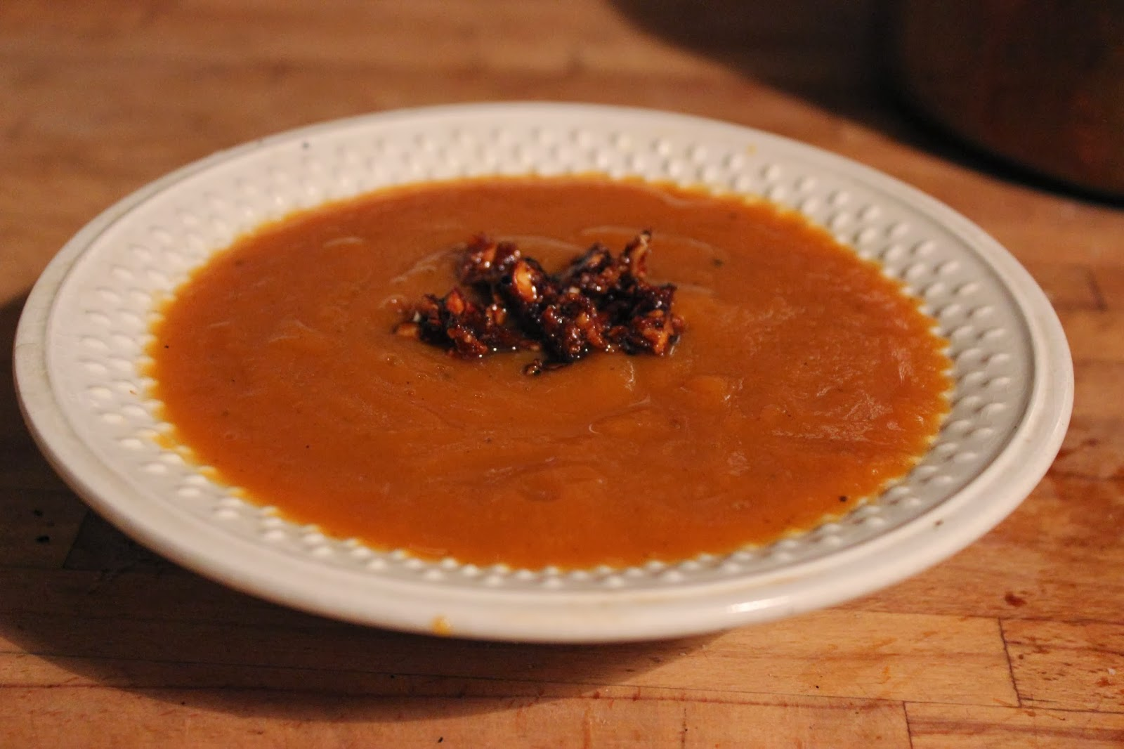 https://cuillereetsaladier.blogspot.com/2013/12/soupe-de-potiron-croustillante.html