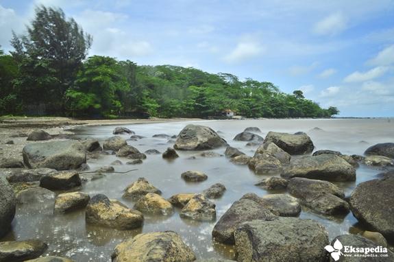 Objek Wisata Pantai Terbaru Di Batang
