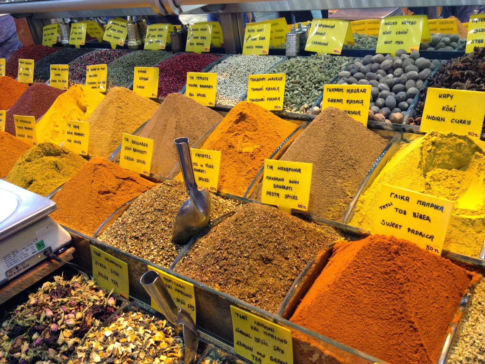 Istanbul - Spices at the Spice Bazaar