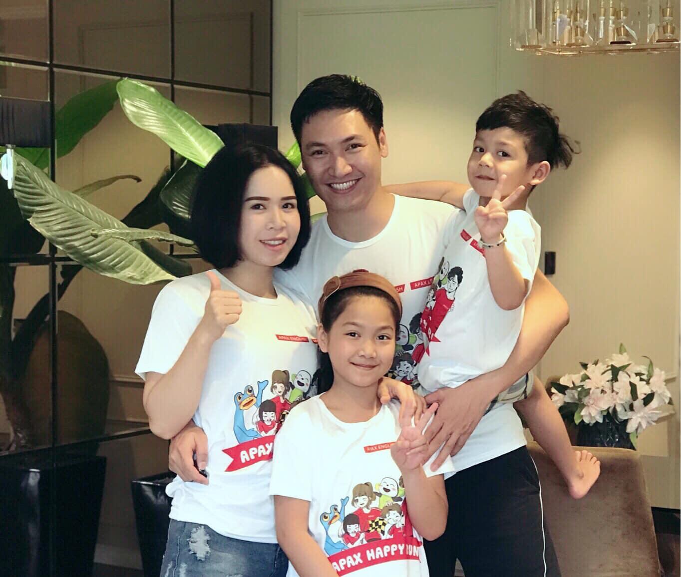 Gia đình nam diễn viên Mạnh Trường