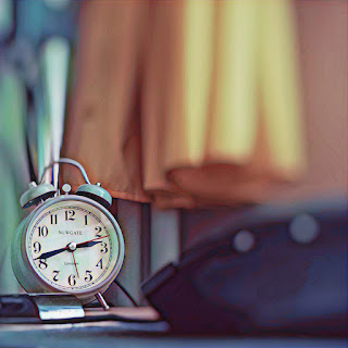 How to wake up early in the morning without an alarm