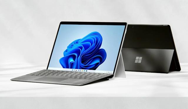 أعلنت مايكروسوفت عن Surface Pro 8 بشاشة أكبر مقاس 13 بوصة و 120 هرتز و Thunderbolt