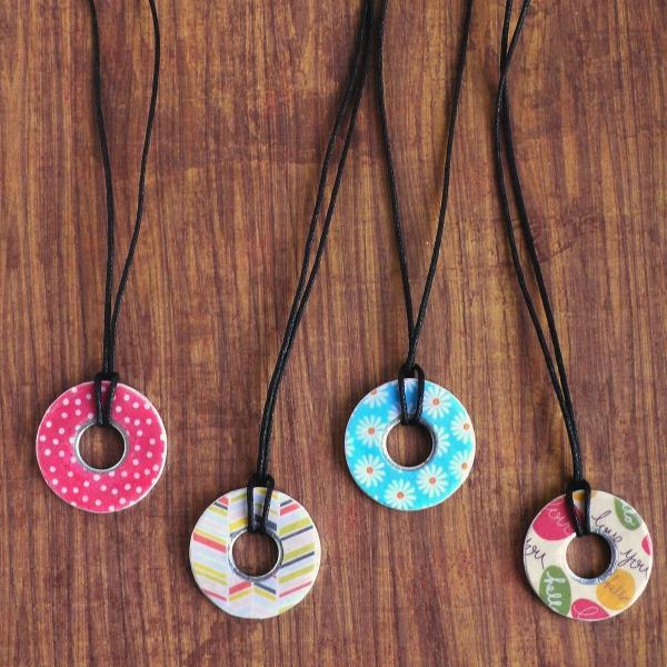 Regali handmade facili: Ciondolo con una rondella
