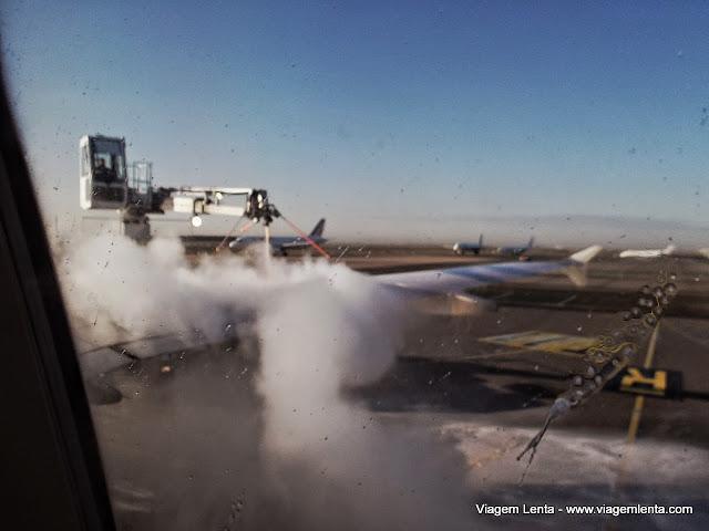 Lavagem do avião com todos a bordo