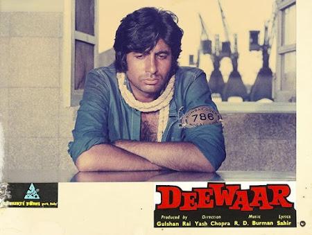 Watch Online Bollywood Movie Deewaar 1975 300MB HDRip 480P Full Hindi Film Free Download At WorldFree4u.Com