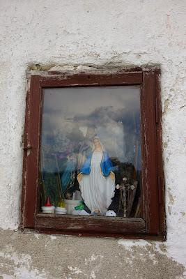 Matka Boża, opiekunka kapliczki