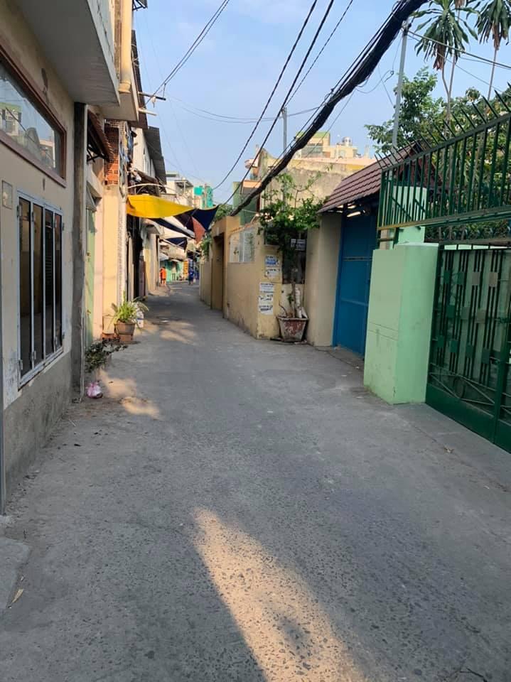 Bán nhà hẻm 3m đường Dương Bá Trạc phường 2 Quận 8 giá rẻ. Dt 3x16m