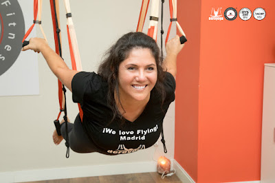 aero yoga, air yoga, aerial yoga, yoga aereo, madrid, españa, fly, flying, gravity, supension, teacher training, formacion, aeropilates, pilates aereo, cursos