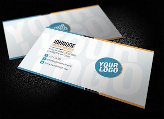Altında ve üstünde mavi siyah ve turuncu renklerde çerçeveler olan ve logonun fon olarak kullanıldığı bir kartvizit