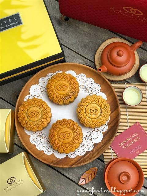 Sofitel Kuala Lumpur Damansara mooncakes 2021