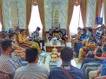 Jalin Silaturahim, Wartawan Solsel Temu Ramah dengan Bupati
