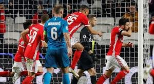 بثلاثية بنفيكا تحقق الفوز على فريق زينيت الروسي وتتاهل للدور القادم من الدوري الاوروبي