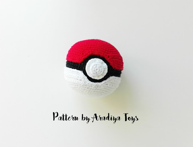 pokeball-hecho-con-patrón-de-aradiyatoys