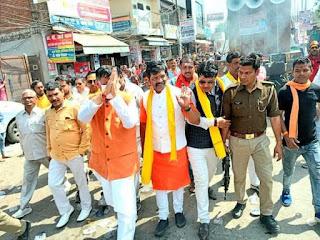कानपुर : भोले बाबा की बारात मे जमकर  थिरके शिवभकत