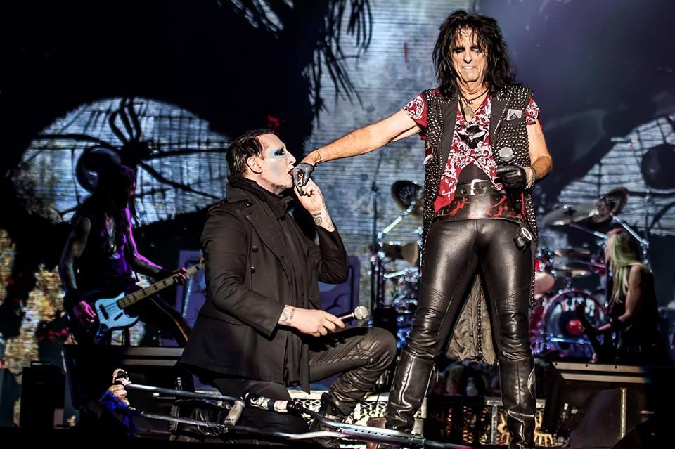 MARILYN MANSON | BLOG FAN SITE | WE ARE CHAOS: Marilyn Manson Se Presenta Junto A Alice Cooper En Lokerse Festival