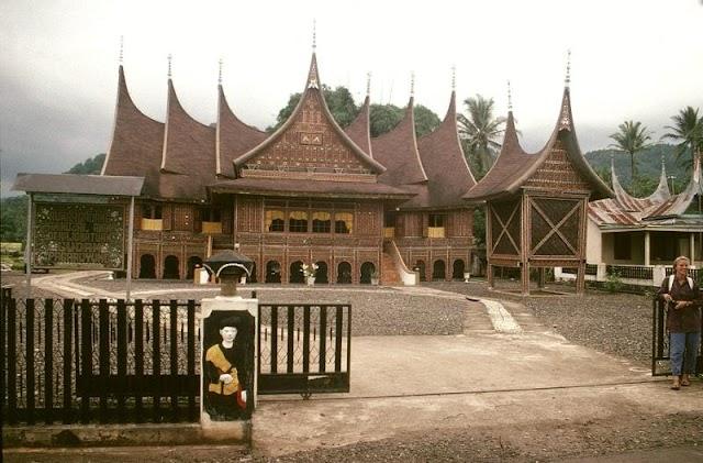 Wisata Sejarah yang Bisa Dikunjungi Saat ke Sumatera Barat