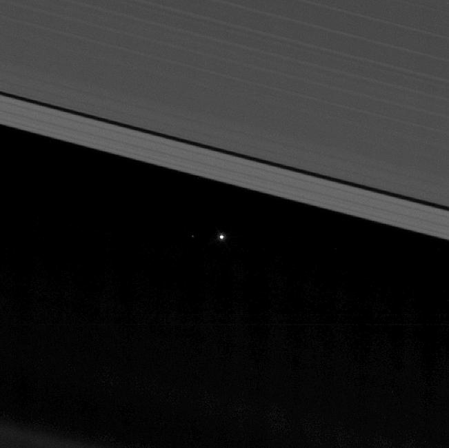 La Tierra, desde Saturno. FOTO: NASA / ISA / ESA / JPL