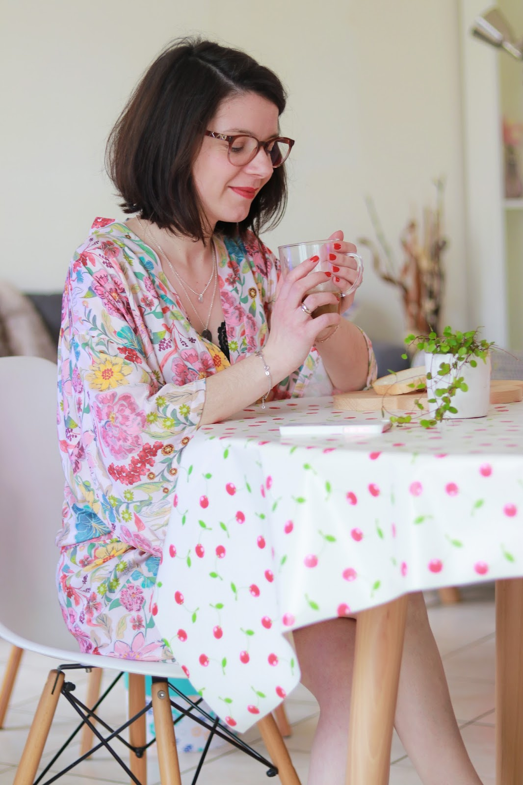 les gommettes de melo printemps kimono fleurs glamuse lingerie homewear nuisette cocooning morning routine